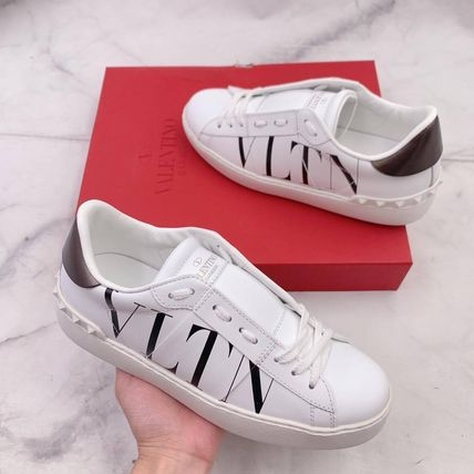 VALENTINO Low-Top Low-Top Sneakers