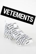 VETEMENTS Casual Style Street Style Low-Top Sneakers