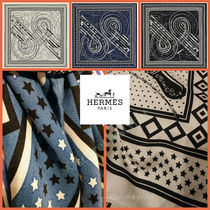 HERMES Cashmere Silk Knit & Fur Scarves
