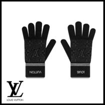 Louis Vuitton Monogram Wool Street Style Gloves Gloves
