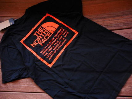 THE NORTH FACE More T-Shirts Unisex Street Style Collaboration Logo T-Shirts