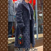 Louis Vuitton Monogram Street Style Long Coats