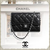 CHANEL Lambskin Chain Plain Party Style Elegant Style Clutches