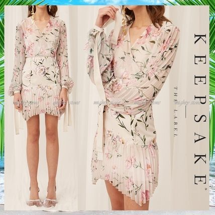 Wrap Dresses Short Flower Patterns A-line V-Neck