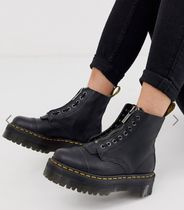 Dr Martens Round Toe Lace-up Plain Leather Lace-up Boots