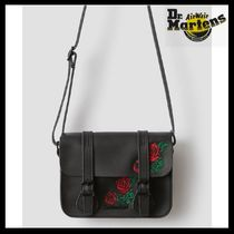 Dr Martens Casual Style Unisex Street Style Leather Shoulder Bags
