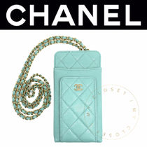 CHANEL MATELASSE Casual Style Calfskin Street Style Chain Plain Leather
