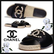 CHANEL ICON Casual Style Street Style Bi-color Home Party Ideas