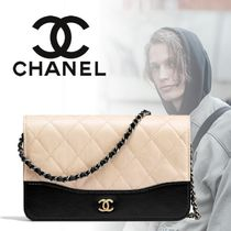 CHANEL CHAIN WALLET Unisex Calfskin Street Style 2WAY Bi-color Chain Plain