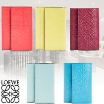 LOEWE SMALL VERTICAL WALLET Leather Folding Wallet Small Wallet Logo Folding Wallets