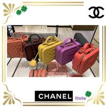 CHANEL Calfskin Chain Plain Leather Elegant Style Handbags