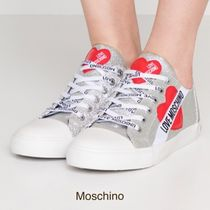Moschino Heart Low-Top Sneakers