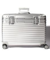RIMOWA PILOT Unisex 1-3 Days TSA Lock Luggage & Travel Bags