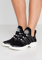 DKNY Low-Top Sneakers