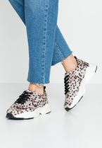 Dorothy Perkins Low-Top Sneakers