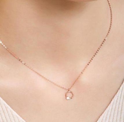 Elegant Style Necklaces & Pendants