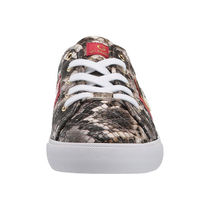 G BY GUESS Round Toe Casual Style Python Low-Top Sneakers