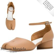 Maison Margiela Tabi Casual Style Plain Leather Block Heels Logo