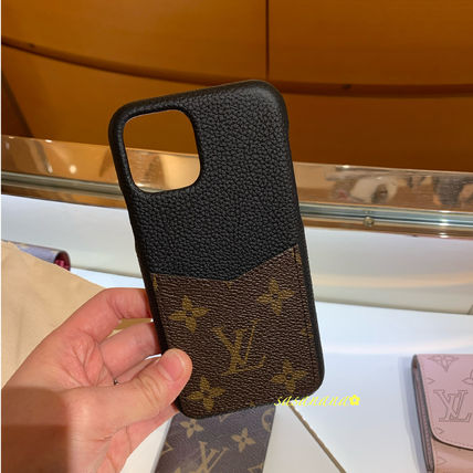 Louis Vuitton Smart Phone Cases Monogram Unisex Blended Fabrics Plain Leather 4