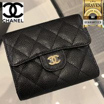 CHANEL Classic Small Flap Wallet