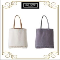 Fondation Louis Vuitton Casual Style Canvas A4 Totes