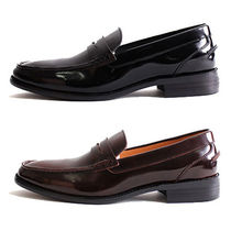 mooda Loafers Plain Leather V Tips Loafers & Slip-ons