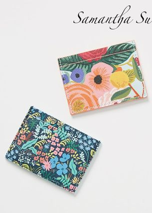 Collaboration Card Holders