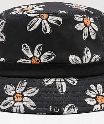 EMPYRE Wide-brimmed Hats