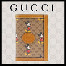 GUCCI GG Supreme Blended Fabrics Collaboration Passport Cases