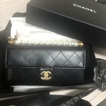 CHANEL CHAIN WALLET Chain Plain Leather Party Style Elegant Style Crossbody