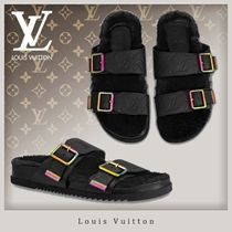 Louis Vuitton MONOGRAM Monogram Unisex Street Style Shower Shoes Shower Sandals