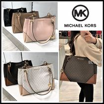 Michael Kors Monogram A4 Plain Leather Logo Totes