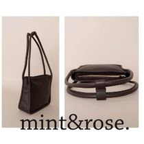 mint&rose. Casual Style Leather Shoulder Bags