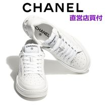 CHANEL Leather Low-Top Sneakers