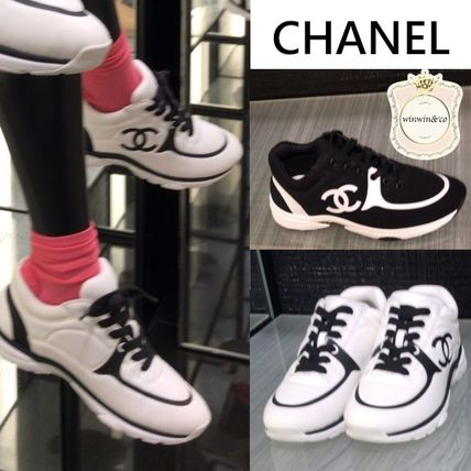 CHANEL Logo Casual Style Low-Top Sneakers