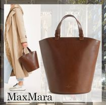 Weekend Max Mara Casual Style Plain Leather Totes