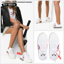 Off-White Stripes Round Toe Rubber Sole Lace-up Casual Style