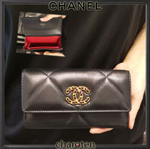 CHANEL ICON Unisex Bi-color Chain Plain Leather Long Wallets