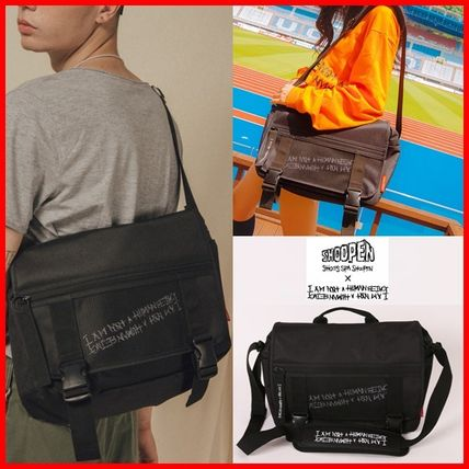 Casual Style Unisex Street Style A4 Crossbody Logo