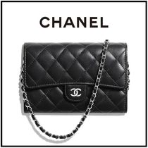 CHANEL Casual Style Chain Plain Leather Party Style Elegant Style