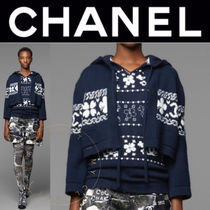 CHANEL Crew Neck Flower Patterns Casual Style Cashmere Street Style