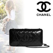 CHANEL Lambskin Chain Plain Party Style Elegant Style Party Bags