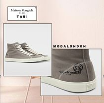 Maison Margiela Tabi ◯ Maison Margiela Rubber Sole Low-Top Sneakers