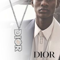 Christian Dior Collaboration Logo Necklaces & Chokers