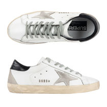 Golden Goose Round Toe Casual Style Leather Low-Top Sneakers