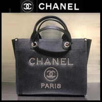 CHANEL ICON Casual Style Calfskin Blended Fabrics Studded A4 2WAY Chain