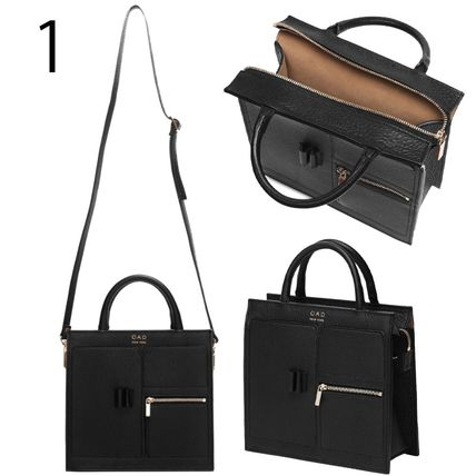 Casual Style Plain Leather Office Style Logo Shoulder Bags