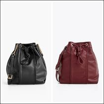Uterque Casual Style Plain Leather Purses Elegant Style Bucket Bags