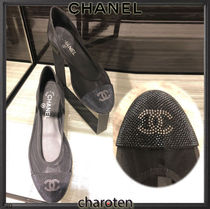 CHANEL ICON Round Toe Casual Style Blended Fabrics Plain Leather