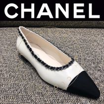 CHANEL ICON Casual Style Street Style Bi-color Chain Plain Leather